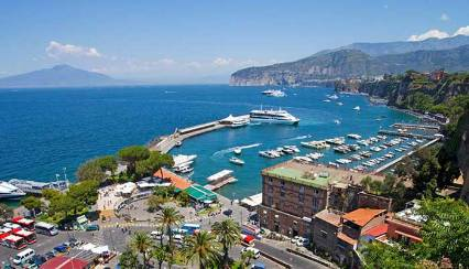 guided boat excursions in Sorrento