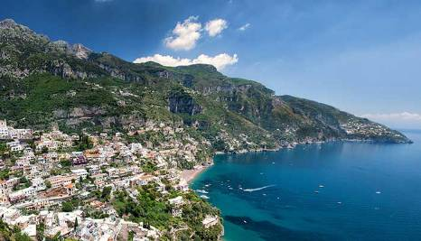 boat excursions and tours in Amalfi
